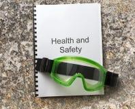 Κατάλογος υγειών και ασφαλειών με τα προστατευτικά δίοπτρα Στοκ Εικόνες