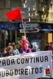 Κατά τη διάρκεια του εορτασμού της ημέρας Μαΐου στο κέντρο της πόλης Γενική συνομοσπονδία των πορτογαλικών εργαζομένων στοκ εικόνες