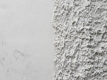Κατά το ήμισυ λειάνετε και μισός τοίχος σκουριάς στοκ εικόνα με δικαίωμα ελεύθερης χρήσης