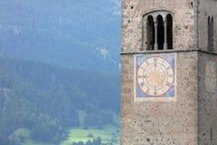 Καταδυμένος πύργος της εκκλησίας reschensee βαθιά στη λίμνη Resias σε Tren στοκ φωτογραφία με δικαίωμα ελεύθερης χρήσης