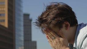 καταθλιπτικές νεολαίε&sig απόθεμα βίντεο