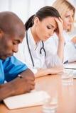 Καταθλιπτικός θηλυκός γιατρός Στοκ εικόνες με δικαίωμα ελεύθερης χρήσης