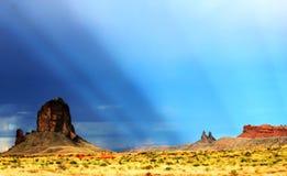 Καταιγίδα κοιλάδων μνημείων στοκ φωτογραφία με δικαίωμα ελεύθερης χρήσης