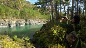κατακόρυφος ποταμών πανοράματος βουνών 3 εικόνων hdr Βουνό Altai απόθεμα βίντεο