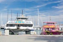 Καταμαράν, βάρκα γύρου Στοκ εικόνες με δικαίωμα ελεύθερης χρήσης