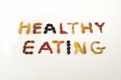 κατανάλωση μούρων υγιής Στοκ φωτογραφία με δικαίωμα ελεύθερης χρήσης