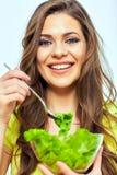 κατανάλωση της γυναίκας & κλείστε επάνω το πορτρέτο προσώπου της χαμογελώντας γυναίκας Στοκ Εικόνα
