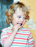 κατανάλωση των γλυκών κο& Στοκ Εικόνα