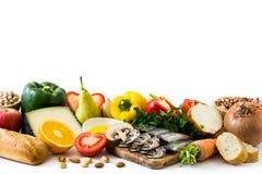 κατανάλωση υγιής Μεσόγειος σιτηρεσίου Φρούτα και λαχανικά που απομονώνονται στοκ φωτογραφία με δικαίωμα ελεύθερης χρήσης
