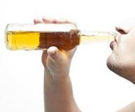 κατανάλωση 2 μπύρας Στοκ Φωτογραφία