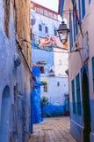 Καταπληκτική άποψη οδών της μπλε πόλης Chefchaouen Θέση: Chefchaouen, Μαρόκο Στοκ Εικόνες