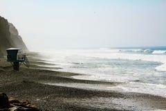 Καταπληκτική άποψη του Ειρηνικού Ωκεανού στα πεύκα Torrey, Καλιφόρνια στοκ εικόνες