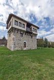 Καταπληκτική άποψη του μεσαιωνικού πύργου του αγγέλου Voivode στο μοναστήρι Arapovo Αγίου Nedelya, Βουλγαρία Στοκ εικόνα με δικαίωμα ελεύθερης χρήσης