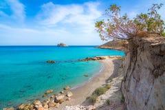 Καταπληκτική αμμώδης παραλία Xerokampos, Σητεία με τα τυρκουάζ νερά στο ανατολικό μέρος του νησιού της Κρήτης, Ελλάδα στοκ φωτογραφία με δικαίωμα ελεύθερης χρήσης