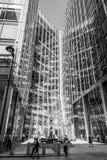 Καταπληκτική αρχιτεκτονική στο Canary Wharf - οικονομική περιοχή Londons - ΛΟΝΔΙΝΟ - ΜΕΓΑΛΗ ΒΡΕΤΑΝΊΑ - 19 Σεπτεμβρίου 2016 Στοκ φωτογραφία με δικαίωμα ελεύθερης χρήσης