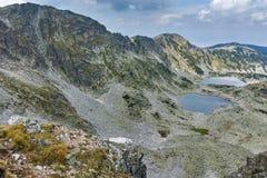Καταπληκτικό πανόραμα των λιμνών Musalenski, βουνό Rila, Στοκ Εικόνα