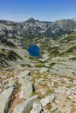 Καταπληκτικό τοπίο με τη μακριά λίμνη, βουνό Pirin Στοκ Εικόνες