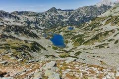 Καταπληκτικό τοπίο με τη μακριά λίμνη, βουνό Pirin Στοκ φωτογραφία με δικαίωμα ελεύθερης χρήσης
