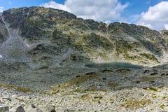 Καταπληκτικό τοπίο των λιμνών Musalenski, βουνό Rila Στοκ φωτογραφία με δικαίωμα ελεύθερης χρήσης
