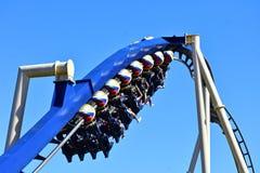 Καταπληκτικό Rollercoaster Montu στους κήπους του Μπους Το Montu έχει επτά αντιστροφές στους κήπους Τάμπα του Μπους στοκ φωτογραφία με δικαίωμα ελεύθερης χρήσης