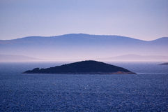 Καταπληκτικά νησιά Kornati της Κροατίας Βόρεια περιοχή της Δαλματίας Ηλιόλουστη λεπτομέρεια seascape από Zadar σε Sibenik Στοκ Φωτογραφίες