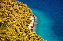 Καταπληκτικά νησιά Kornati της Κροατίας Βόρεια περιοχή της Δαλματίας Ηλιόλουστη λεπτομέρεια seascape από Zadar σε Sibenik Στοκ φωτογραφίες με δικαίωμα ελεύθερης χρήσης