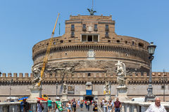 Καταπληκτική άποψη της γέφυρας και του κάστρου ST Angelo του ST Angelo στην πόλη της Ρώμης, Ιταλία Στοκ εικόνες με δικαίωμα ελεύθερης χρήσης