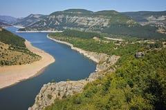 Καταπληκτική άποψη του μαιάνδρου ποταμών Arda και της δεξαμενής Kardzhali Στοκ Φωτογραφία
