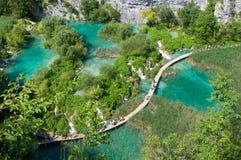 Καταπληκτική άποψη των λιμνών Plitvice - εθνικό πάρκο της Κροατίας Στοκ Φωτογραφίες