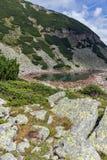 Καταπληκτική πανοραμική άποψη των λιμνών Musalenski, βουνό Rila Στοκ εικόνα με δικαίωμα ελεύθερης χρήσης