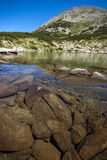 Καταπληκτική πανοραμική άποψη Dalgoto η μακριά λίμνη, βουνό Pirin Στοκ Φωτογραφία