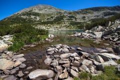 Καταπληκτική πανοραμική άποψη Dalgoto η μακριά λίμνη, βουνό Pirin Στοκ Φωτογραφίες