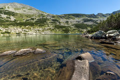Καταπληκτική πανοραμική άποψη Dalgoto η μακριά λίμνη, βουνό Pirin Στοκ εικόνες με δικαίωμα ελεύθερης χρήσης