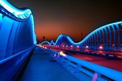 Καταπληκτική VIP γέφυρα του Ντουμπάι νύχτας με το όμορφο ηλιοβασίλεμα Ιδιωτικό ro Στοκ Εικόνες