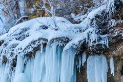 Καταπληκτικός χειμερινός καταρράκτης Στοκ εικόνες με δικαίωμα ελεύθερης χρήσης