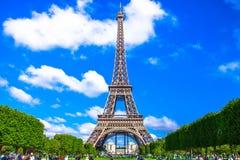 Καταπληκτικός όμορφος πύργος του Άιφελ στο Παρίσι Στοκ Εικόνες
