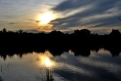καταπληκτικό ουράνιο τόξο Στοκ φωτογραφία με δικαίωμα ελεύθερης χρήσης