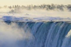 Καταρράκτες του Νιαγάρα - ομιχλώδης υδρονέφωση Στοκ εικόνα με δικαίωμα ελεύθερης χρήσης