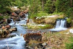 Καταρράκτης βουνών στη Δημοκρατία της Τσεχίας Στοκ εικόνα με δικαίωμα ελεύθερης χρήσης