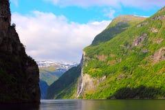 Καταρράκτης επτά αδελφών, geirangrfjord - Νορβηγία Στοκ Φωτογραφία