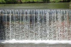 Καταρράκτης - νερό - ποταμός - φράγμα - υδραυλική ισχύς Στοκ Εικόνα