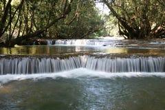 Καταρράκτης λουριών Takian, επαρχία Kanchanaburi, Ταϊλάνδη Στοκ Εικόνες