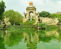 Καταρράκτης πάρκων της Βαρκελώνης Ciutadella Στοκ Εικόνες