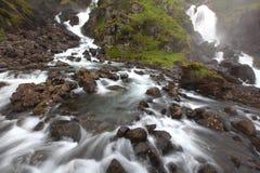 καταρράκτης ποταμών ορμητ&iot Στοκ φωτογραφία με δικαίωμα ελεύθερης χρήσης