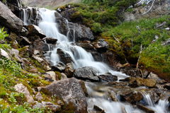 Καταρράκτης στα βουνά Στοκ Φωτογραφία