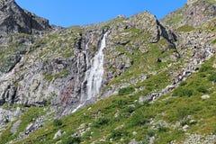Καταρράκτης στα βουνά Digoria, Καύκασος, Ρωσία Στοκ Εικόνες