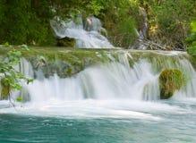 Καταρράκτης στις λίμνες Plitvice - εθνικό πάρκο της Κροατίας Στοκ Φωτογραφία