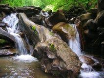 Καταρράκτης στο δάσος Στοκ εικόνα με δικαίωμα ελεύθερης χρήσης