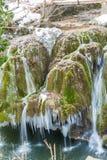 Καταρράκτης Bigar παγωμένος Στοκ Φωτογραφίες