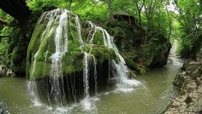 Καταρράκτης Bigar, caras-Severin κομητεία, βουνά Anina, Ρουμανία φιλμ μικρού μήκους